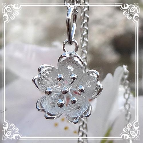 桜・サクラ・SAKURAのネックレス SAKURA Necklace