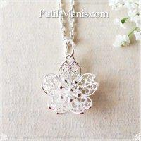 桜のシルバーチャーム(M)|銀線細工の透かしの花びらが美しいルースタイプ・ネックレス用ペンダントトップ【silver925】