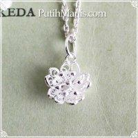 桜のシルバーチャーム(S)|銀線細工の花びらの透かしのネックレス用ペンダントトップ【silver925】