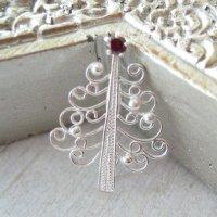 真っ白なクリスマスツリーのブローチ(シルバー)silver925【透かしパーツ】【フィリグリー】