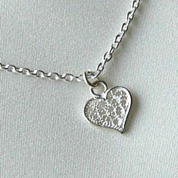 画像1: プチハートのネックレス|銀線細工の繊細で小さなハートチャームのペンダントトップ【silver925】