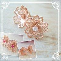 3way CZダイヤ・桜の花のピアス ゴールド