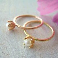 一粒パールのリング|銀線細工・フィリグリーの花びらでパールを包んだリング・ゴールド【金属アレルギーの方に配慮したニッケルフリー加工】