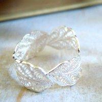 葉っぱのリング|銀線細工・フィリグリーの繊細な葉っぱを連ねたシルバーリング【silver925】